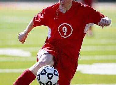 soccer-1473739_1920